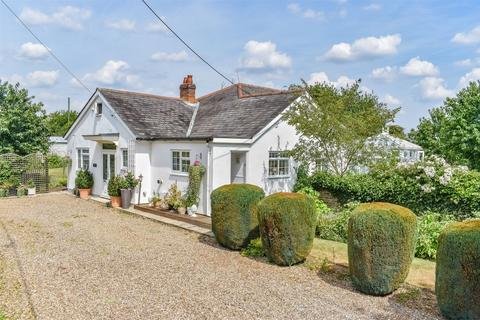 5 bedroom detached bungalow for sale - Ford End, Chelmsford, Essex