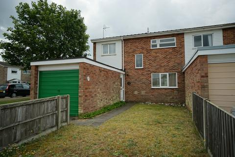 3 bedroom end of terrace house for sale - Dell Road East, Lowestoft