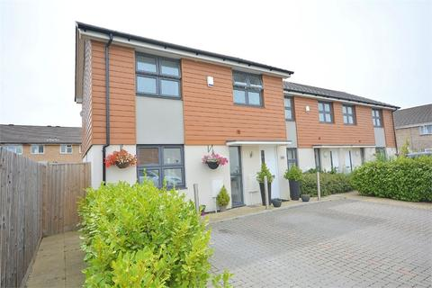 2 bedroom end of terrace house for sale - Cadnam Way, Throop, Bournemouth