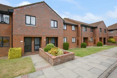 2 bedroom flat for sale - Loudon Way, Ashford