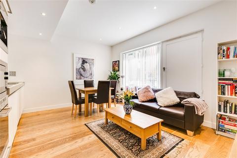 2 bedroom flat to rent - Hirst Court, Grosvenor Waterside, London