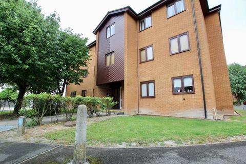 2 bedroom flat to rent - Speedwell Close, Cambridge CB1