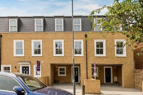 3 bedroom townhouse for sale - Ripon Road, Woolwich, London
