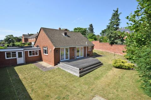 2 bedroom bungalow for sale - St Leonards, Exeter