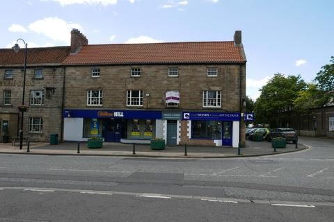 Property to rent - 23/25 Main Street