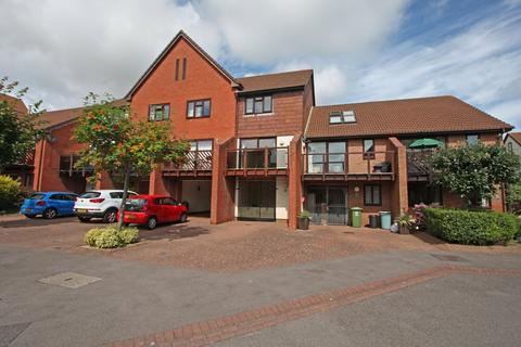 3 bedroom townhouse to rent - Carne Place, Port Solent, Portsmouth