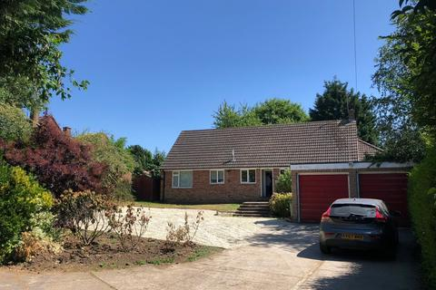 5 bedroom detached house to rent - Church Road, Sandford-on-Thames, Oxford, OX4 4YW