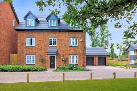 6 bedroom detached house for sale - Manor Grove, Stafford