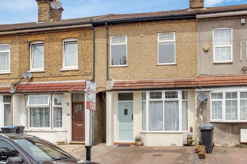 3 bedroom terraced house for sale - Totteridge Road, Enfield
