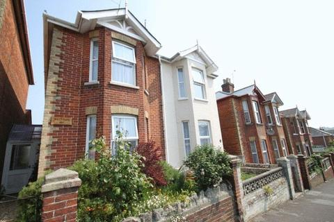 2 bedroom semi-detached house to rent - Well Street, Ryd