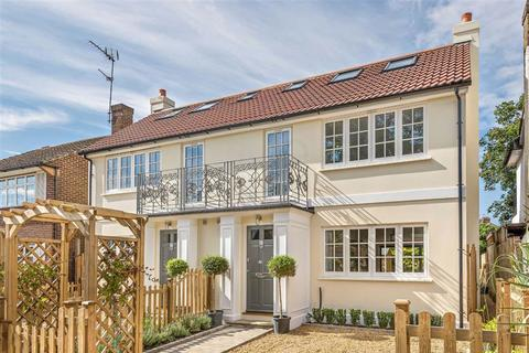 4 bedroom semi-detached house for sale - Fairview Road, Enfield