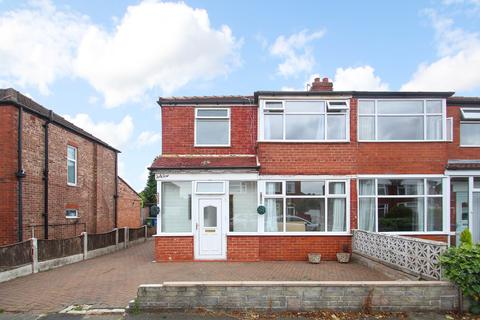 3 bedroom semi-detached house to rent - Barkway Road, Stretford, Manchester, M32