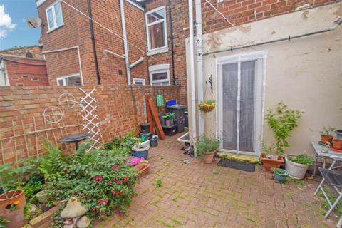 2 bedroom terraced house for sale - Middleburg Street, HULL, HU9