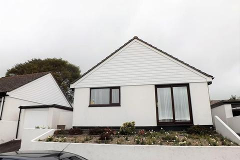 2 bedroom detached bungalow to rent - Polmear Parc, Par