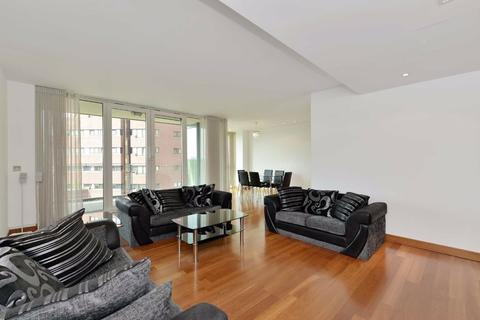 3 bedroom flat to rent - Pavilion Apartments, London, NW8