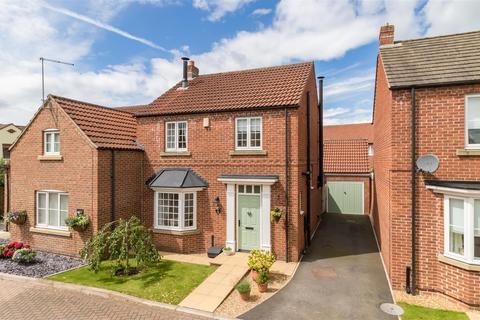 3 bedroom detached house for sale - 3 Aspen Close, Pickering, YO18 8TJ