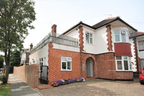 2 bedroom property for sale - Westpole Avenue, Cockfosters, Barnet