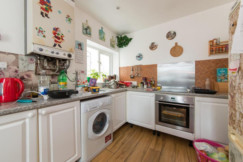 Plains Of Waterloo Ramsgate 1 Bed Flat For Sale 163 115 000