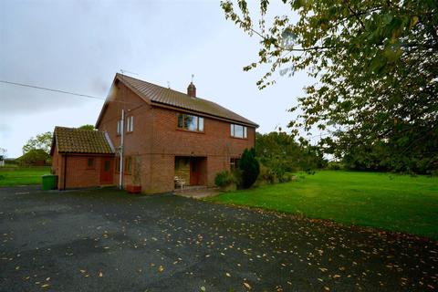 5 bedroom detached house for sale - Fitling Lane, Burton Pidsea
