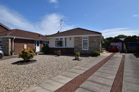 3 bedroom detached bungalow for sale - Curlew Grove, Bridlington