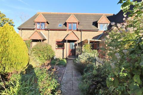 3 bedroom terraced house to rent - Station Road, Plumpton Green, Lewes