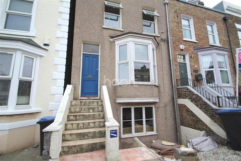 2 bedroom detached house to rent - Vale Road, Ramsgate
