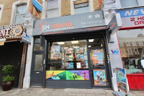 Shop to rent - Stoke Newington Road, N16
