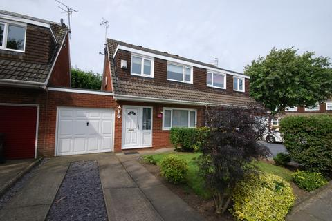 3 bedroom semi-detached house for sale - Courtney Court, Newcastle Upon Tyne
