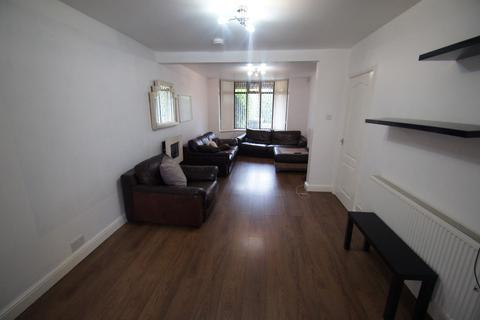 7 bedroom semi-detached house to rent - Wyken Grange Road, Coventry, CV2 3BT