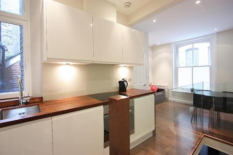 1 bedroom flat to rent - Gilbert Place, London, WC1A