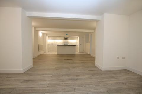 2 bedroom apartment to rent - Basement Flat, 7 High Street