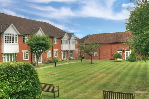 2 bedroom apartment for sale - Hillside, Heath Road, Newmarket