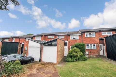 3 bedroom terraced house for sale - Wiltshire Lane, Pinner
