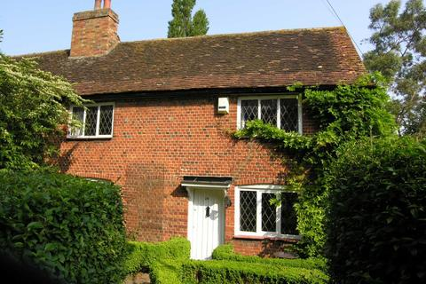 3 bedroom semi-detached house to rent - Church Road, Harlington