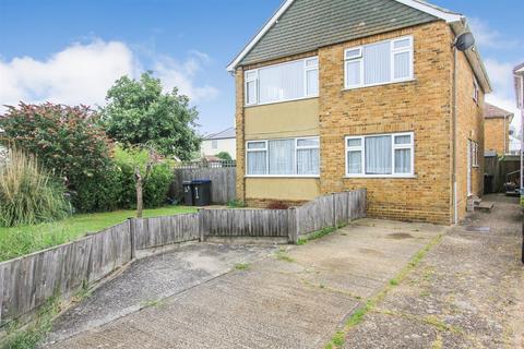 2 bedroom flat for sale - Millstrood Road, Whitstable