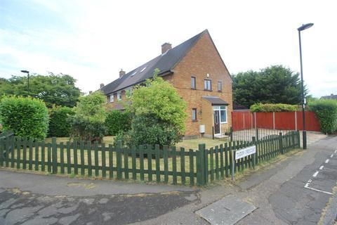 2 bedroom end of terrace house for sale - Rendlesham Road, Enfield