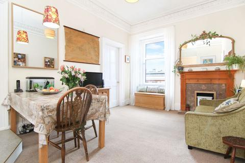 2 bedroom flat for sale - 25 (3f2) Bryson Road, Polwarth, EH11 1ED