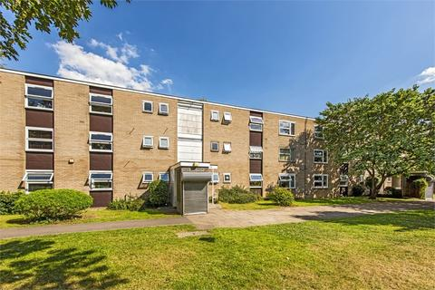 3 bedroom terraced house for sale - Hepple Close, Isleworth, Middlesex