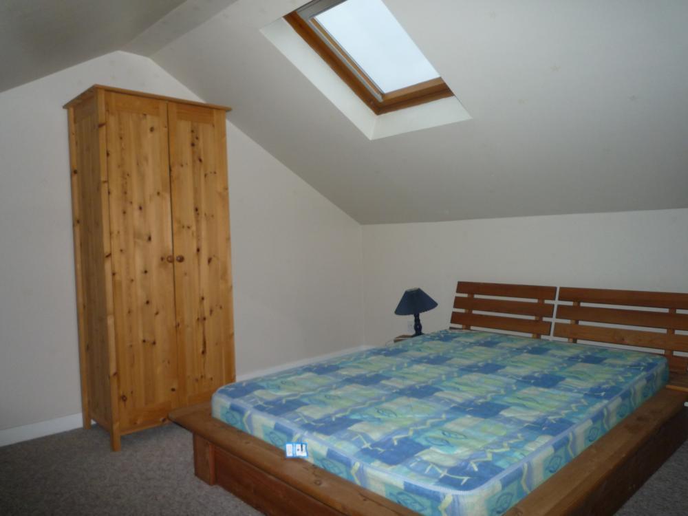 278 Hardgate, Top Left − 2nd Bedroom