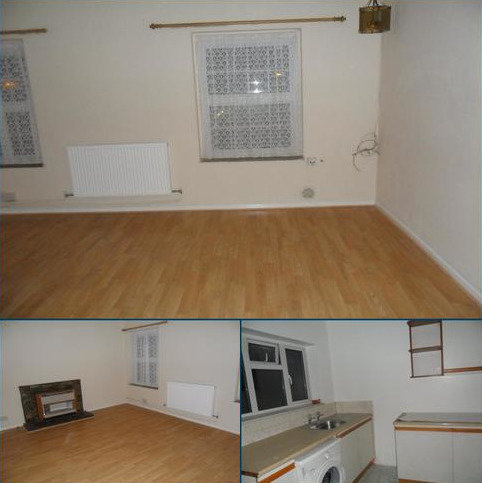 2 bedroom flat to rent - College Court, London EN3