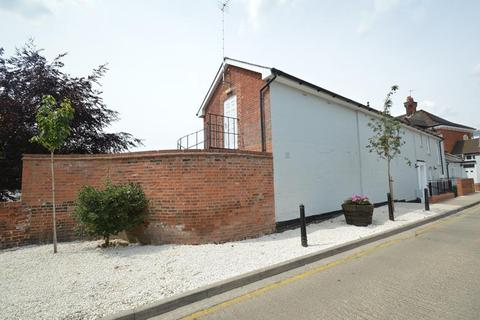 2 bedroom apartment to rent - High Street, Halstead CO9