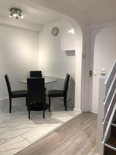 3 bedroom apartment to rent - Wigram House, Wades Place, London, E14