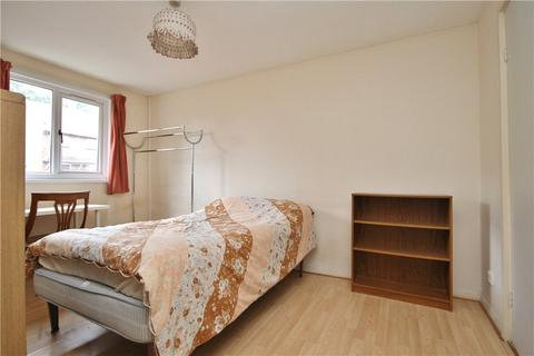 1 bedroom house share to rent - Park Barn Drive, Guildford, Surrey, GU2