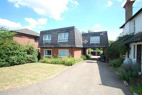 2 bedroom flat to rent - Lansdown Road, Chalfont St. Peter, SL9