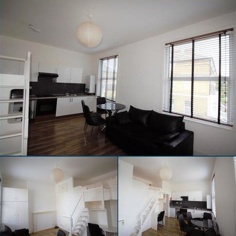 Flat to rent - Benbow Road