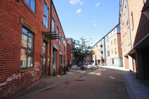 2 bedroom flat to rent - Butcher Street, Leeds, LS11 5WF