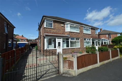 3 bedroom semi-detached house to rent - Firwood Avenue, Urmston, Manchester, Greater Manchester, M41