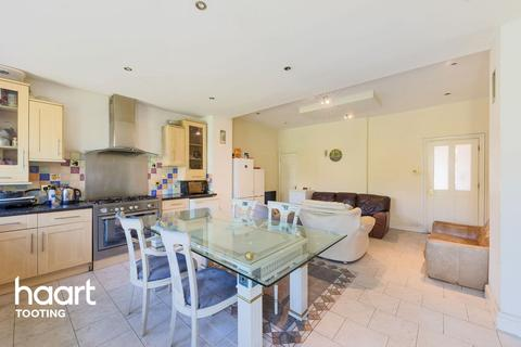 6 bedroom detached house for sale - Atkins Road, London