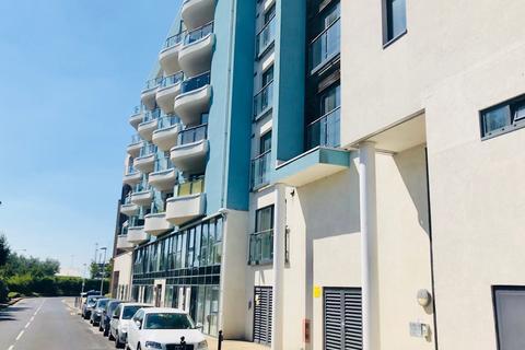 2 bedroom flat for sale - Ocean Way, Ocean Village, Southampton, Hampshire, SO14