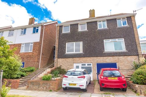 3 bedroom semi-detached house to rent - Holton Hill, Woodingdean, Brighton, BN2